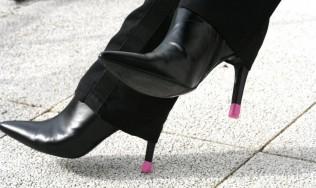 proteccion calzado mujer - proteccion tacon - reparacion tacon alto - tacones altos - zapatos de tacon